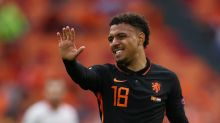 Soccer-Malen chasing starting berth as Dutch look ahead to last 16