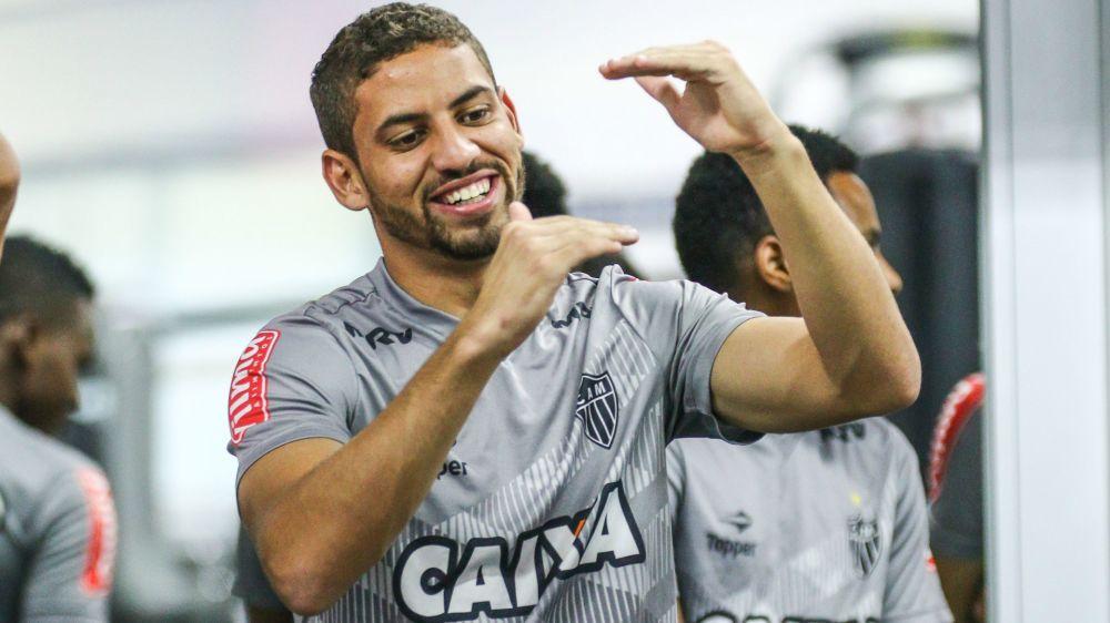 Zagueiro quer o Atlético-MG siga jogando como na goleada sobre o Tupi