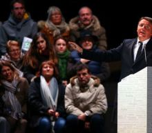Renzi makes final appeal to Italians ahead of referendum
