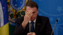 No auge da pandemia, Bolsonaro volta a criticar isolamento e diz que 'vírus acabou' até o final do ano