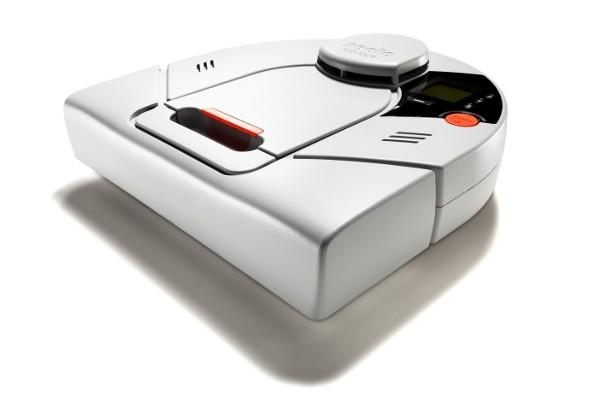 Neato's XV-12 robot vacuum cleans your floors dressed in white for $400