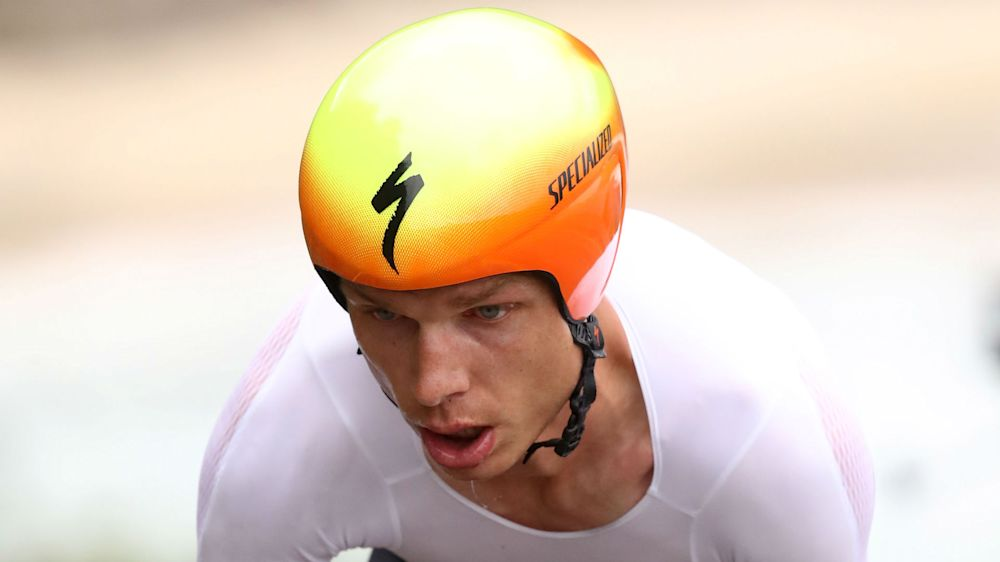 Martin lashes out at 'double standards' in Froome 'scandal'