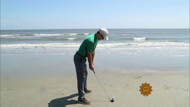 Golfer back on course after world's longest round