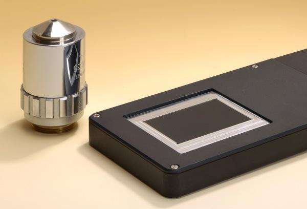 Ultra-thin handheld microscope could sniff out skin cancer, forged documents