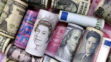 Dólar retrocede, euro anota su mejor sesión desde mayo de 2018