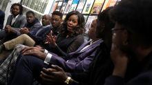 Michelle Obama surprises Detroit students at Motown Museum