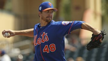 Mets and deGrom reach reported 5-year extension