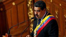 """Irritado con EE.UU., Maduro promete revisar de forma """"total y absoluta"""" las relaciones"""