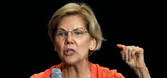 All eyes on Warren as Dems take the stage