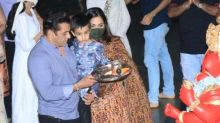 Salman Khan Performs Ganpati Visarjan With His Family And Friends; See Inside Pictures And Videos