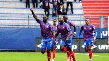 Caen et le Paris FC premiers leaders, Toulouse freiné