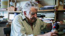 El expresidente José Mujica recibe en su finca al nuevo canciller de Uruguay