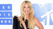 Britney Spears Flaunts Fit Frame in Tiny Bikini: 'Can't Wait for Spring!'