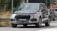 Refreshed Audi Q7 and SQ7 spied showing 2 faces of updated SUV