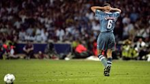 Gareth Southgate says Stuart Pearce helped him deal with England spot-kick agony