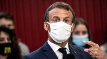 VRAIOUFAKE. Les masques en tissu Dim fournis aux enseignants sont-ils dangereux pour la santé ?