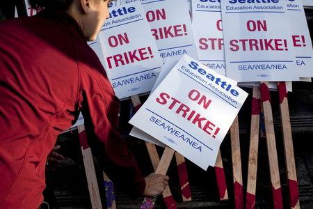 Seattle schools closed for third day by teachers' strike