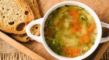 ¿Gripa? La sopa de pollo sí te ayudaría a combatirla, entre otros alimentos