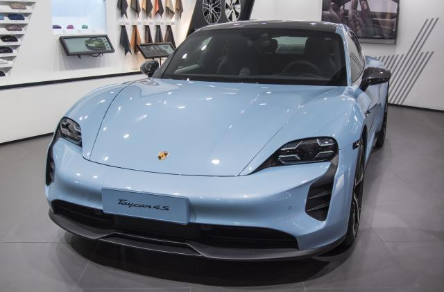 Porsche adds the Taycan EV to its car subscription service