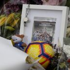 The Latest: New Zealanders to observe Muslim call to prayer