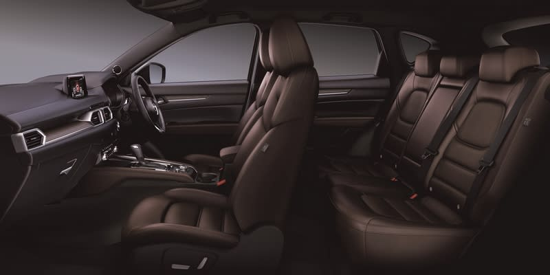 XD Exclusive Mode頂級車型,內裝座椅改以具備通風/加熱功能的Nappa真皮材質及實木飾板。