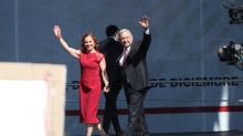 """López Obrador pide a sus críticos """"no meterse"""" con su esposa"""