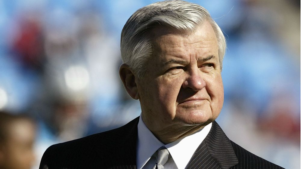 Jerry Richardson to put Panthers up for sale at season's end