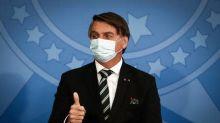 Bolsonaro apoia proposta para que brasileiros no exterior votem para escolher deputados e senadores
