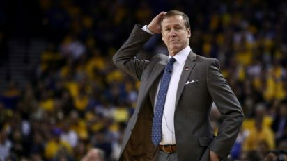 Stotts extended as Blazers coach