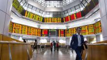 World stocks push past growth worries in China, Italy