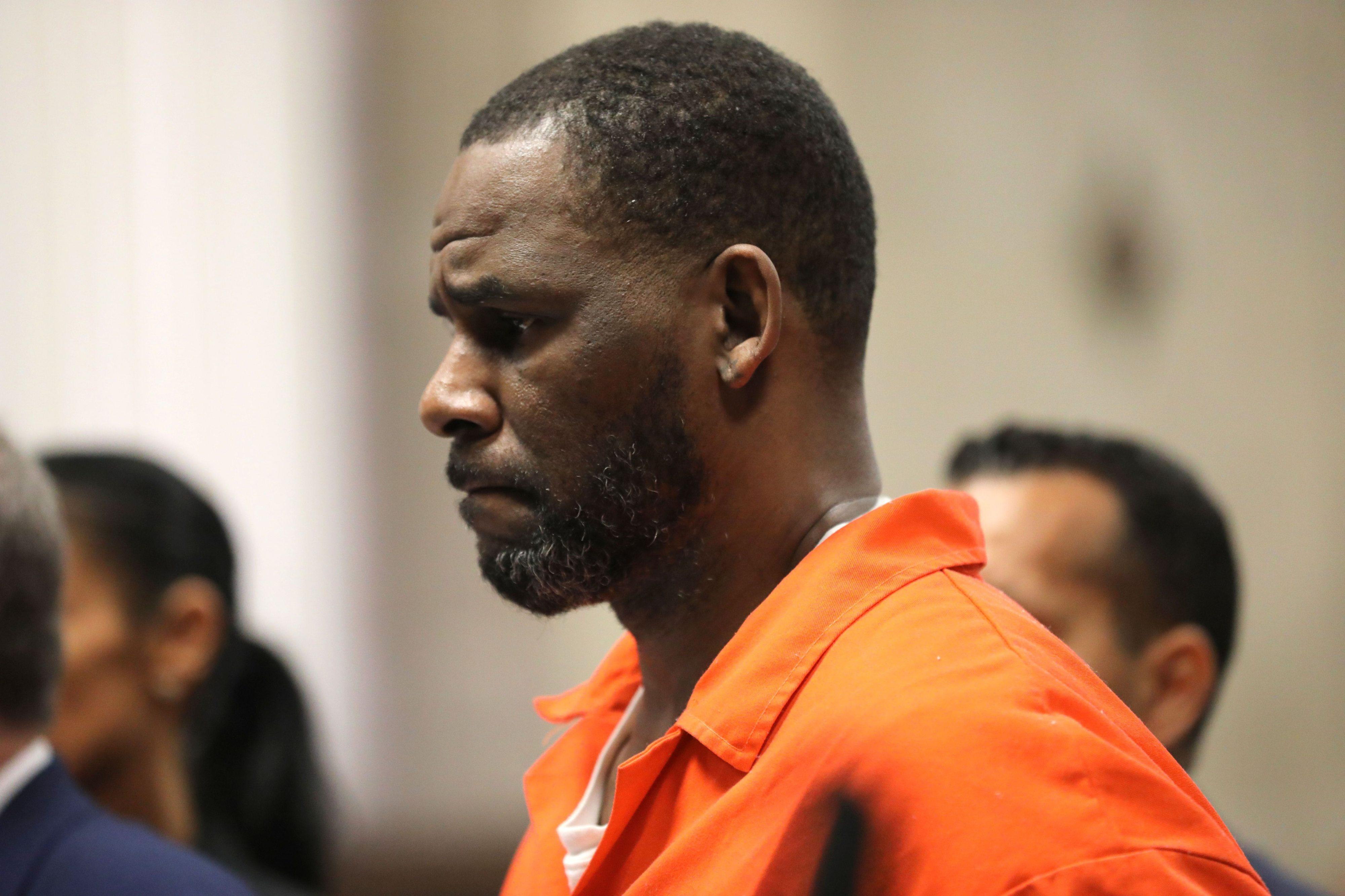 R. Kelly Brooklyn trial delayed by coronavirus hardship for out-of-state witnesses