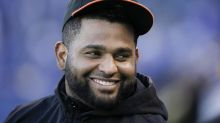 Pablo Sandoval greeted warmly in emotional Giants return