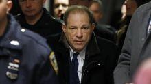 Anklage stellt mutmaßliche Vergewaltigungen Weinsteins dar