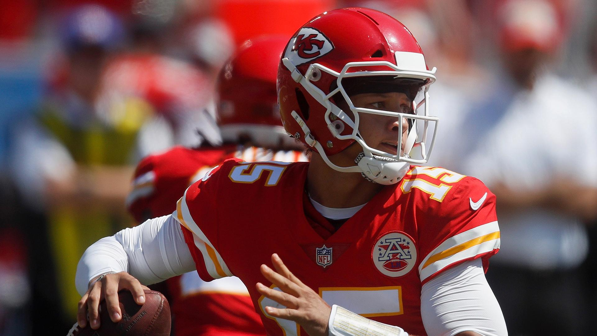 Week 13 Fantasy QB Ranks: Mahomes should crush Oakland