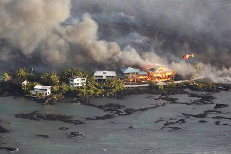 Volcanic lava buries two housing tracts on Hawaii's Big Island