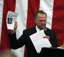 Allegations against Roy Moore overshadow his final campaign rally