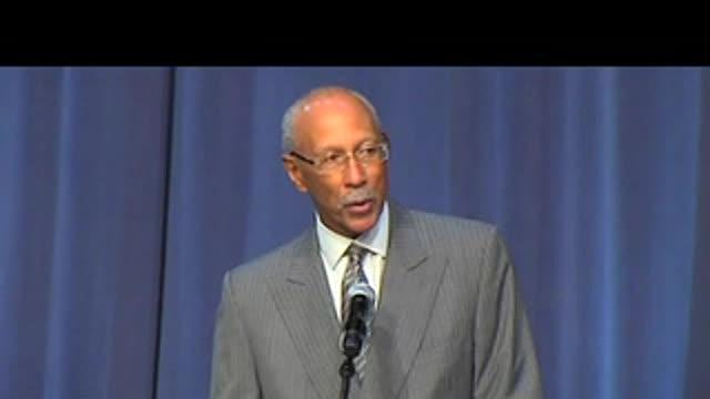 Dave Bing's tribute to Emanuel Steward: 11/13/12