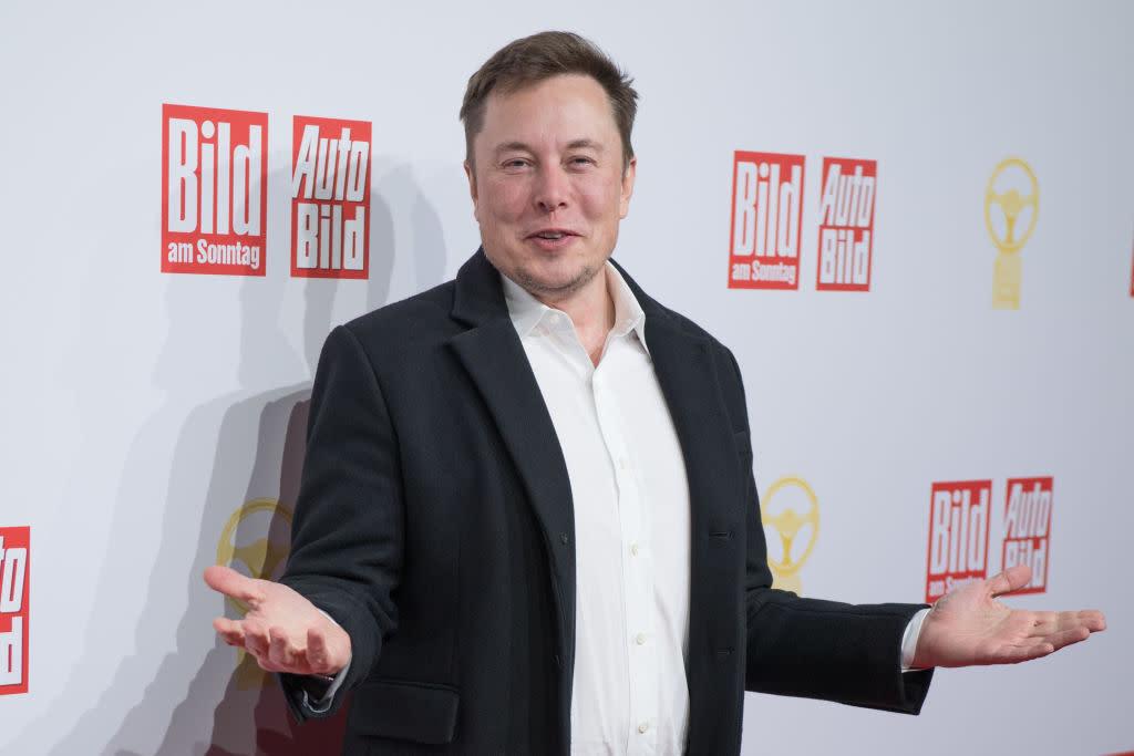 'Delete Facebook': Elon Musk's grave warning