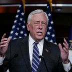 House hits pause on spending vote as Hill leaders resume talks
