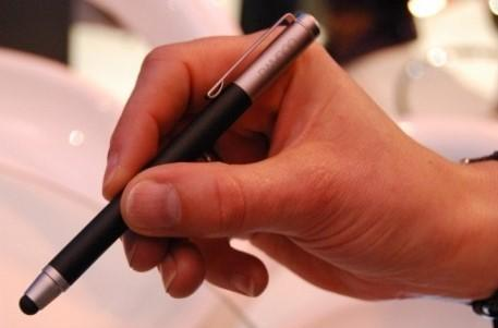 Wacom announces capacitive stylus to replace puny human fingers