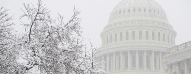 """USA: compromis budgétaire au Congrès pour éviter un """"shutdown"""""""