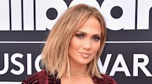 "Jennifer Lopez's Next-Level ""Dinero"" Manicure Is Worth a Double Take at the Billboard Music Awards"