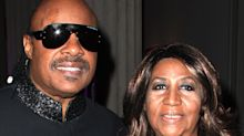 Ailing Aretha Franklin Visited by Stevie Wonder, Jesse Jackson and Ex Glynn Turman at Home