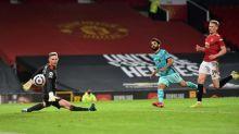 Liverpool vence United em Old Trafford (4-2) e segue na luta por vaga na Champions