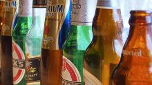 Where Heineken Holding N.V.'s (AMS:HEIO) Earnings Growth Stands Against Its Industry