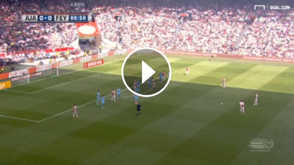 VÍDEO: Golazo de Schone en el Clásico de Holanda