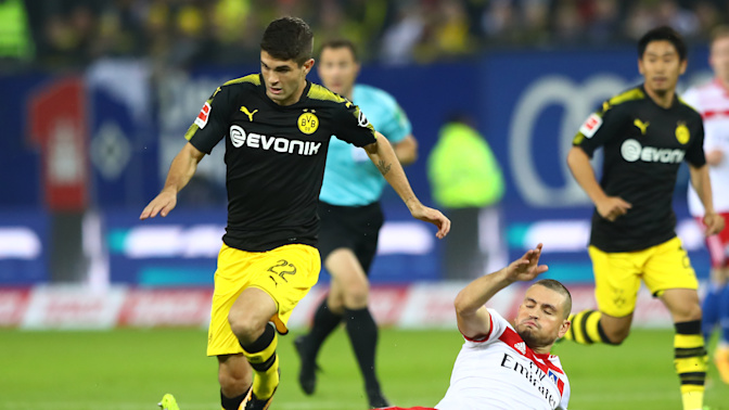 Pulisic returns to form in Dortmund romp