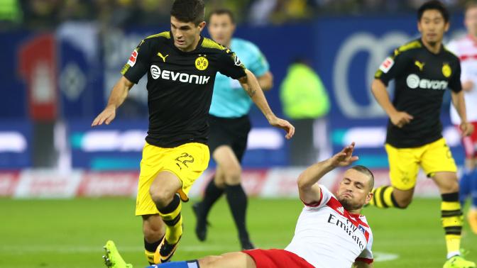 Pulisic returns to form in Dortmund romp