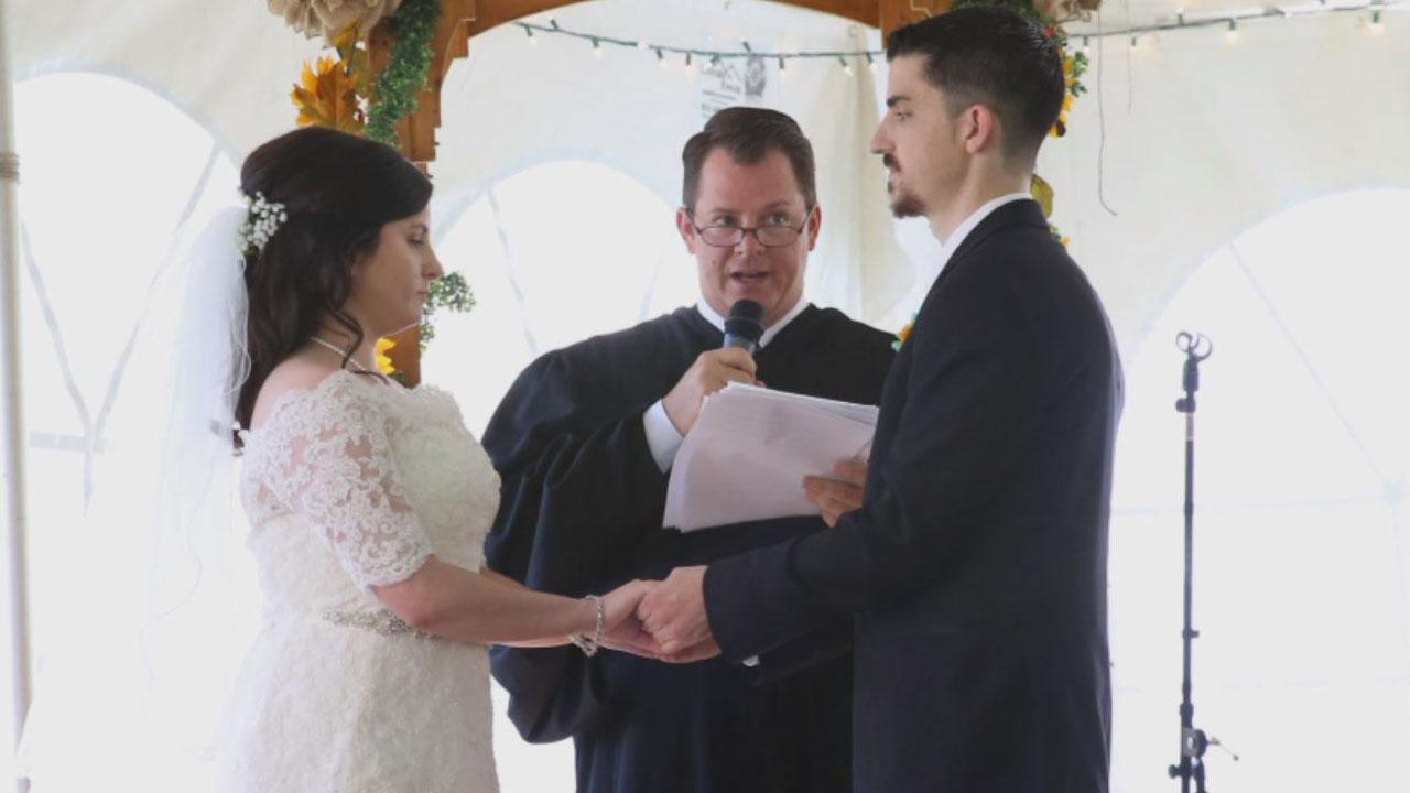 Former Heroin Addict Asks Judge To Officiate Her Wedding