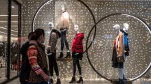 Zara Goes High-Tech in Race With Amazon